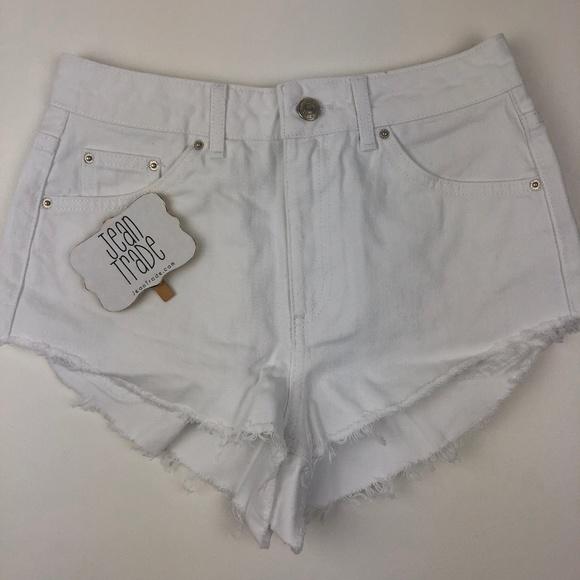 Topshop Pants - NWT TOPSHOP High Waisted Kiri Cutoff Denim Shorts